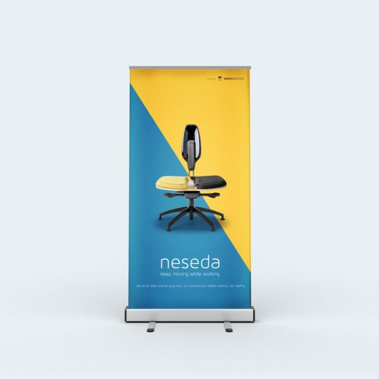 free-stand-up-banner-mockup-psd